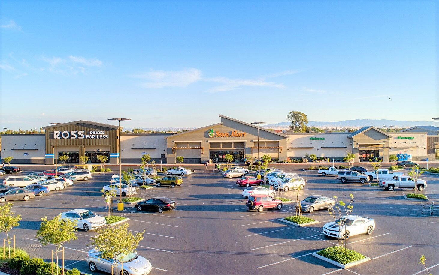 Save Mart Shopping Center